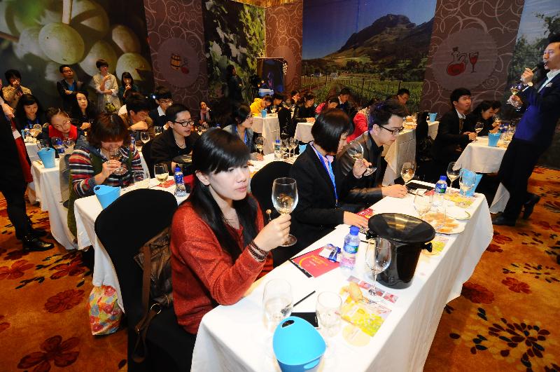 festival-des-vins-wuhan-2013-19